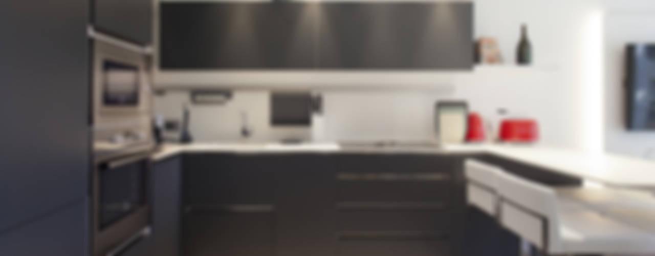 Silvana Barbato Modern kitchen