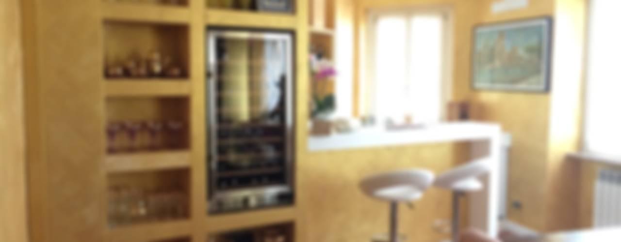 ANGOLO BAR PRIVATO di CARLO CHIAPPANI interior designer Moderno