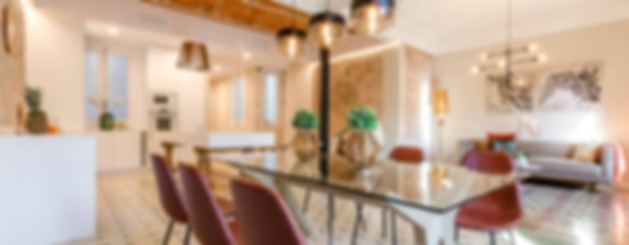 Sala da pranzo in stile  di Markham Stagers
