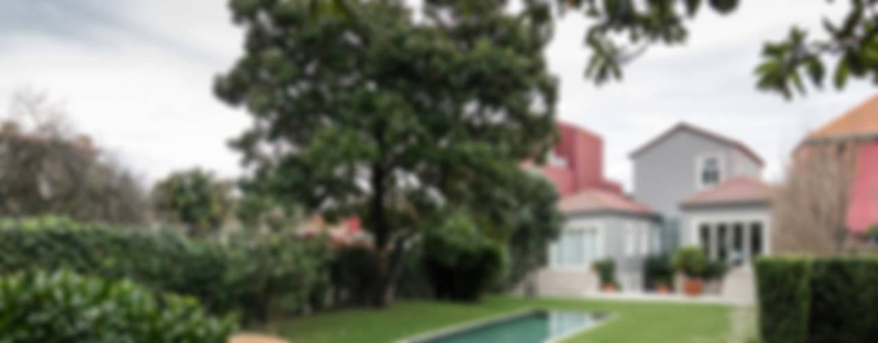 Jardin de style  par NVE engenharias, S.A.,
