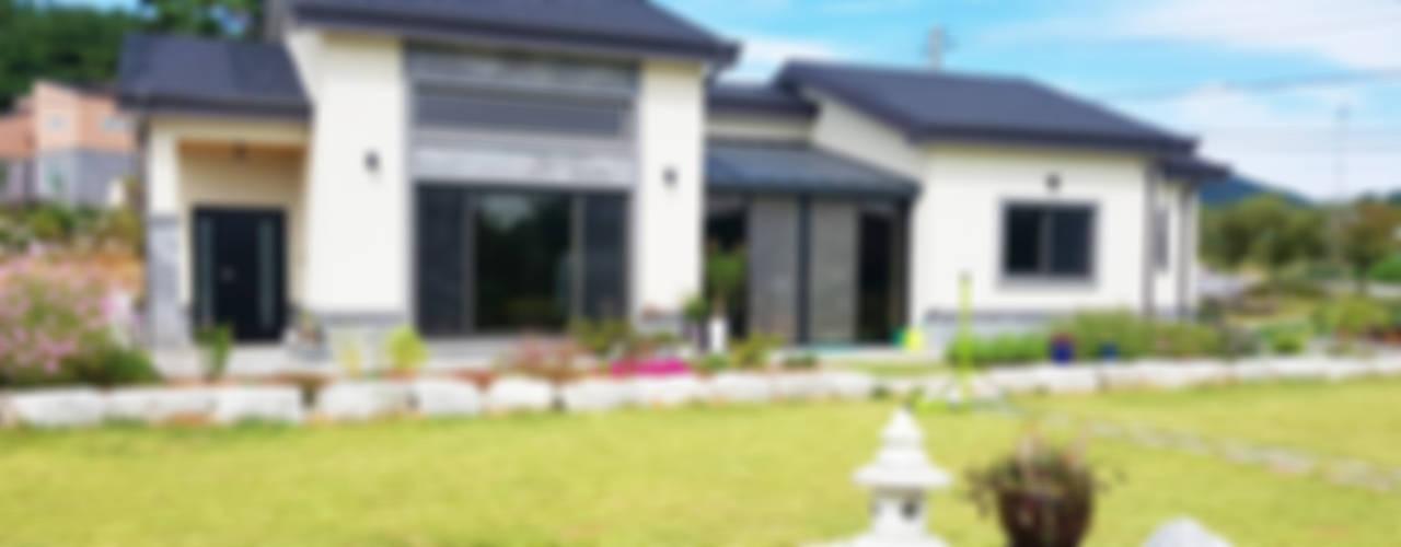 함라 신대리 2호 35평형 ALC전원주택: W-HOUSE의  전원 주택