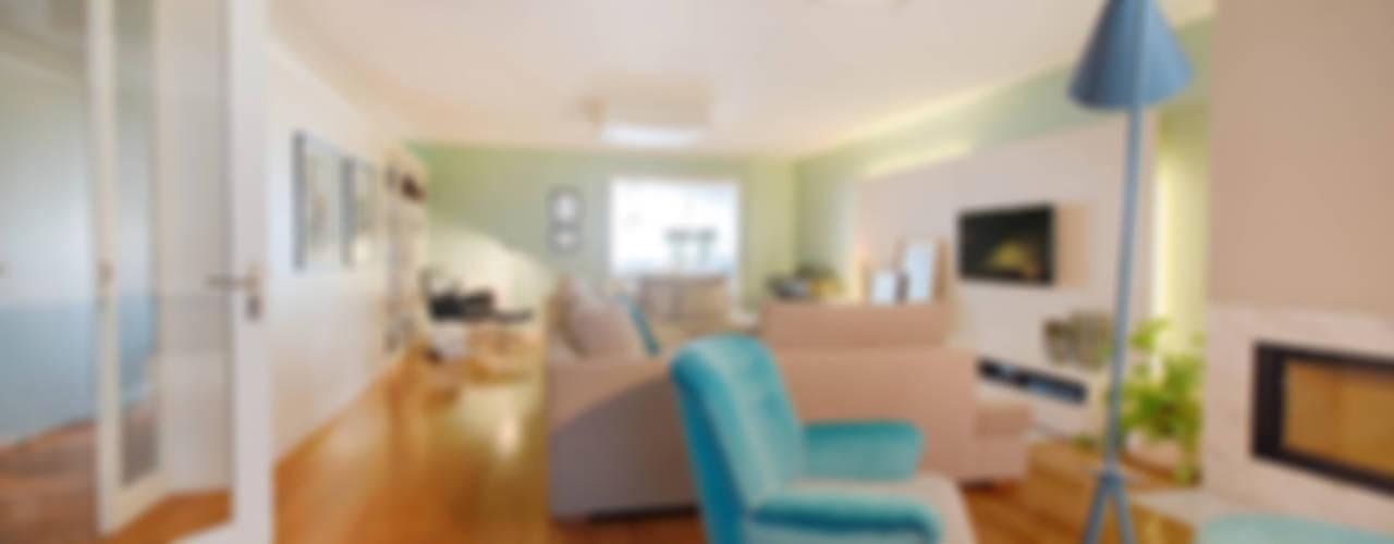 Apartamento Edifício do Parque - T3 MATOSINHOS: Salas de estar  por SHI Studio, Sheila Moura Azevedo Interior Design