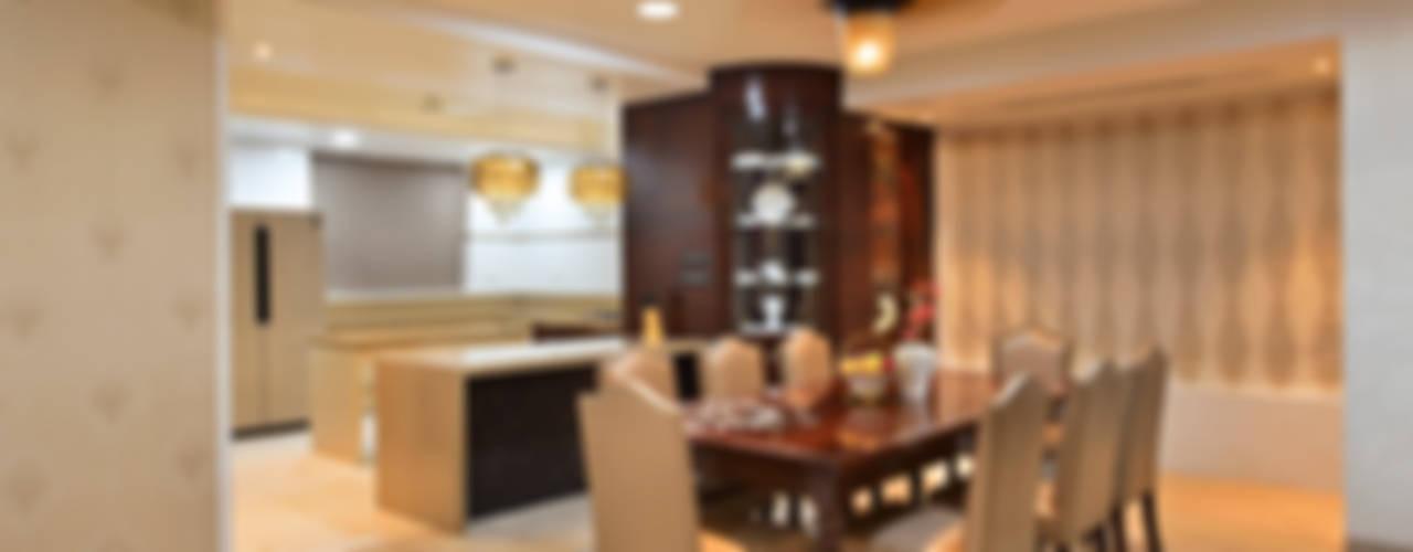 DAHANU- VIJAY GHODAWAT:  Dining room by smstudio