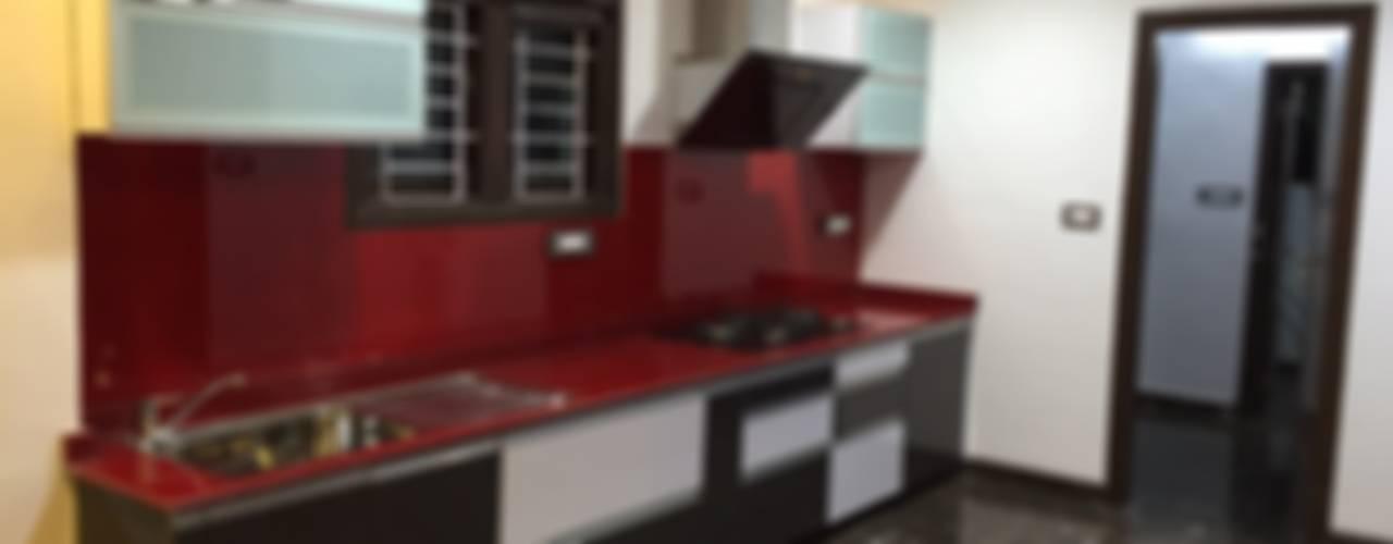 PLUSH & LAVISH VILLA: modern Kitchen by Vdezin Interiors
