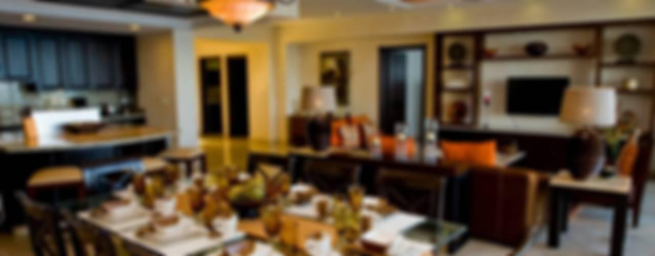 Garza Blanca: Comedores de estilo  por Facere Arquitectura, Tropical
