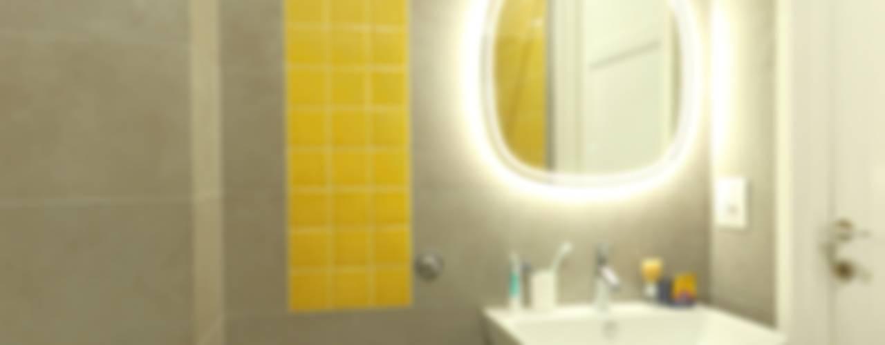 Due bagni Bagno moderno di Daniele Arcomano Moderno