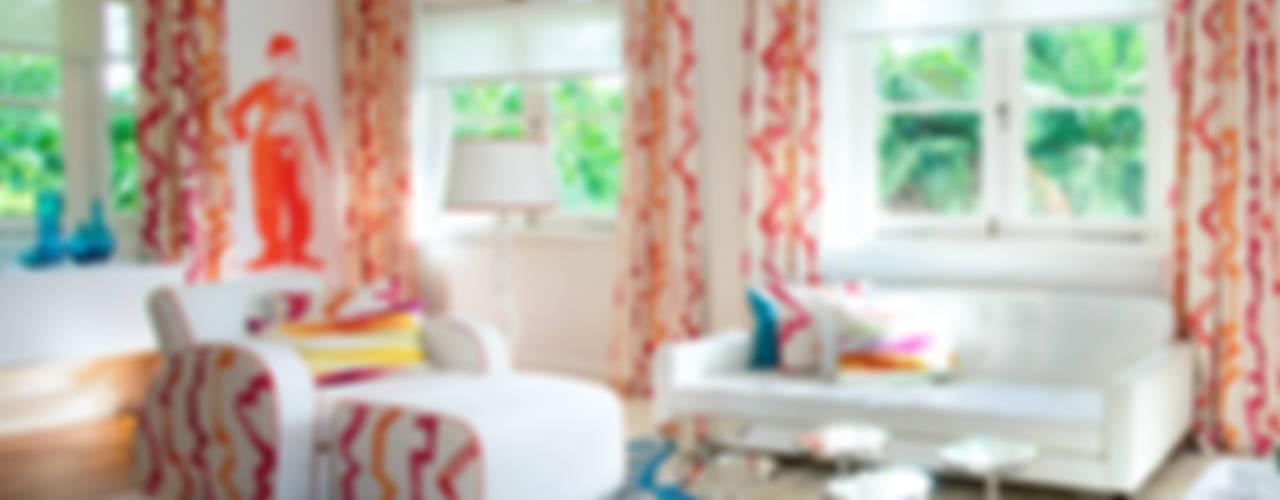 Design Intervention Modern style bedroom Multicolored