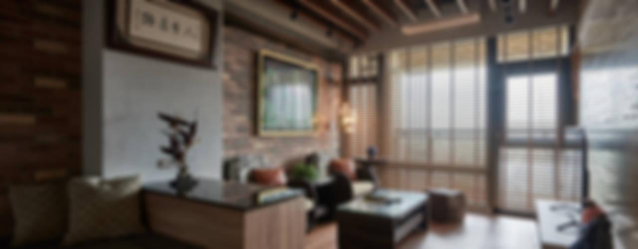 礁溪溫泉度假湯屋 根據 Hi+Design/Interior.Architecture. 寰邑空間設計 工業風