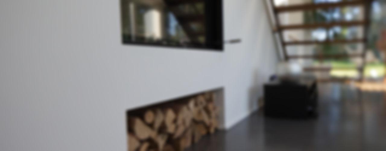 Einfamilienhaus Futura Hellmers P2   Architektur & Projekte Moderne Wohnzimmer