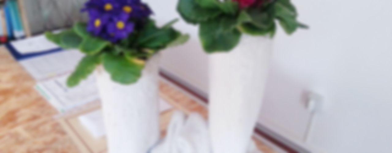Concreted Fabric Flower Pots Architetto Daniele Stiavetti Balconies, verandas & terraces Plants & flowers