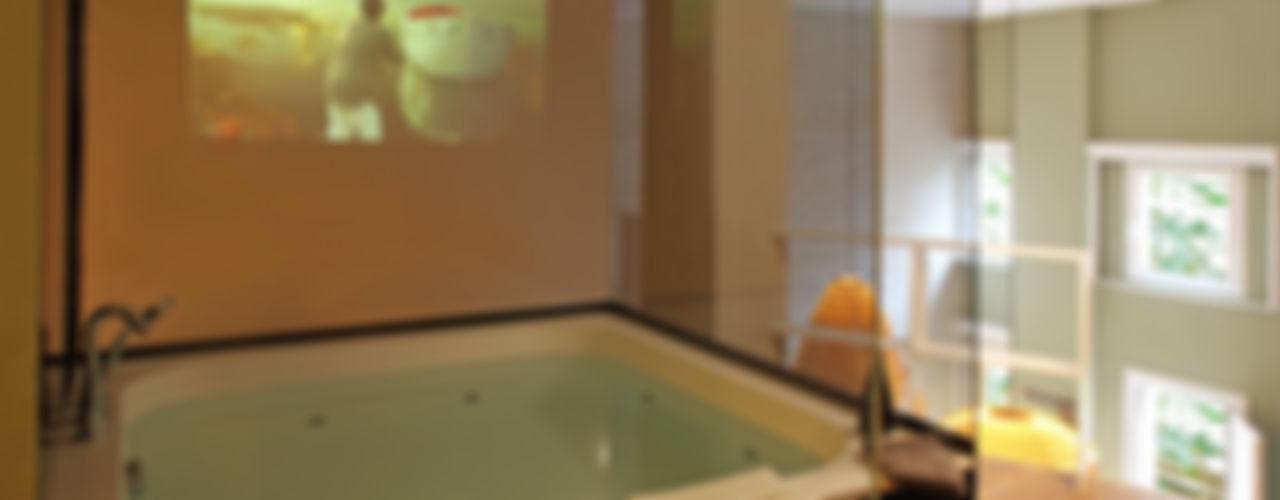 The Room Studio BañosBañeras y duchas