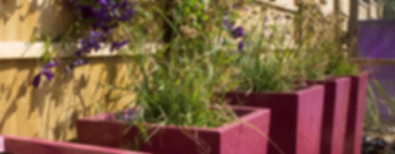 Party garden in Sevenoaks, Kent Earth Designs Сад в стиле модерн