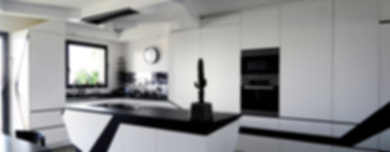 Agence Glenn Medioni Kitchen