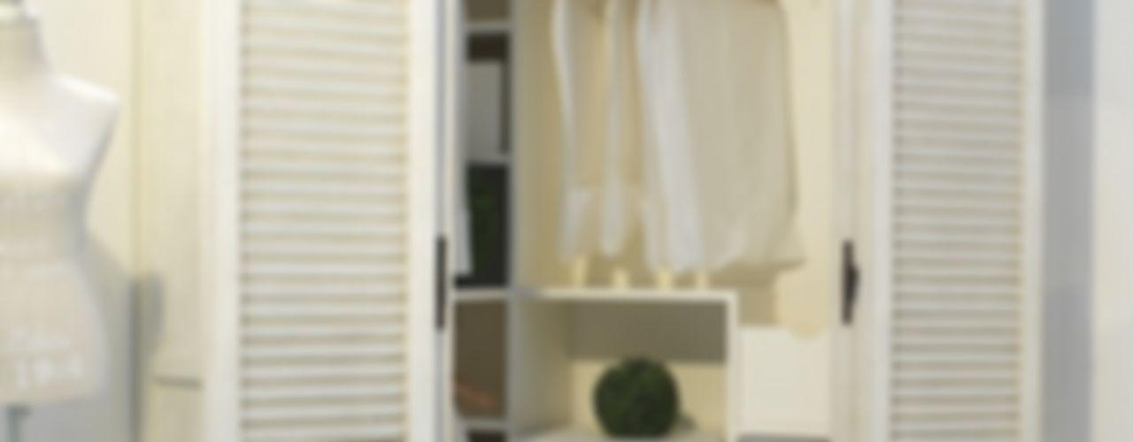 Cabina armadio... LA BOTTEGA DEL FALEGNAME Camera da letto in stile mediterraneo