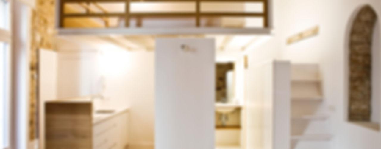 Apartamento en el Born fusina 6 Balcones y terrazas de estilo moderno