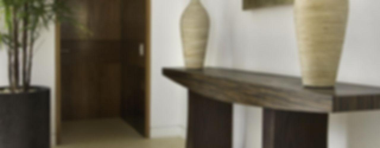 Marmoles ARCA Pasillos, vestíbulos y escaleras modernos