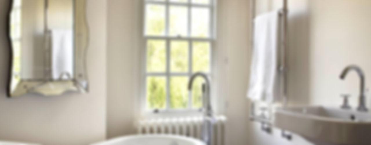 The Wilderness, Wilshire Concept Interior Design & Decoration Ltd Klassische Badezimmer