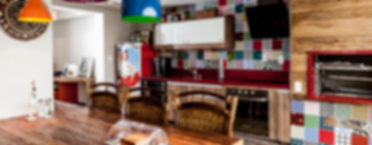 Tikkanen arquitetura Rustic style kitchen