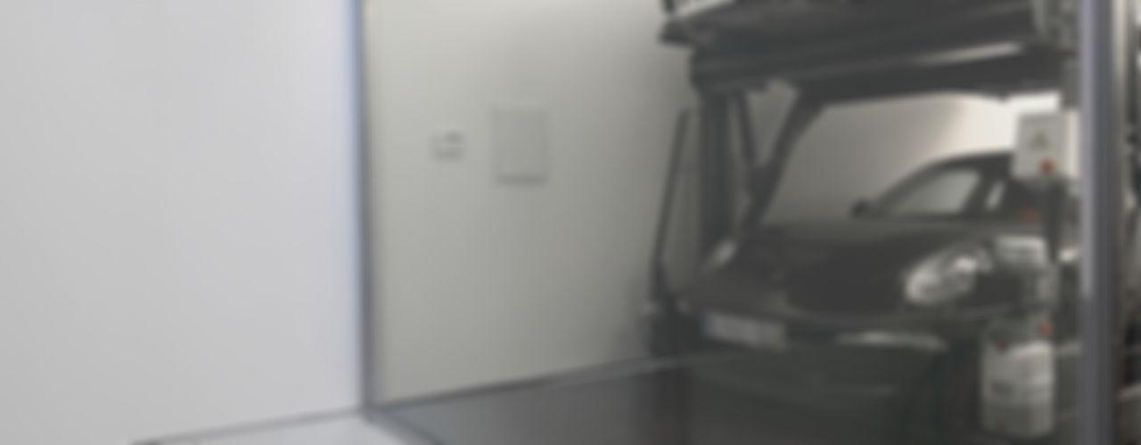 Barbosa & Guimarães, Lda. Moderne Garagen & Schuppen