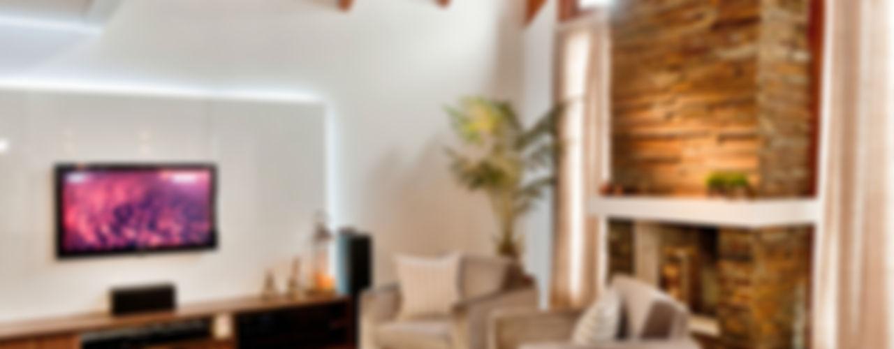 PROJETO ARQUITETÔNICO DA RESIDÊNCIA PRUNER ArchDesign STUDIO Salas de estar rústicas