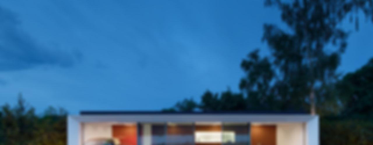 Aktivhaus B10 WERNER SOBEK Moderner Balkon, Veranda & Terrasse