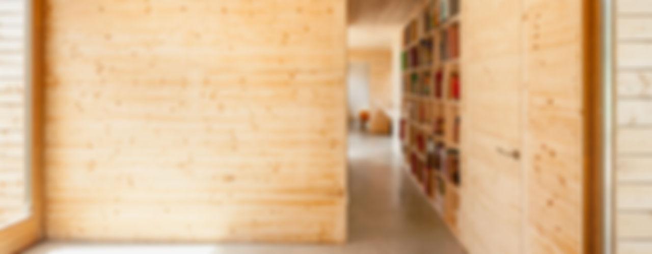 Casa GG Alventosa Morell Arquitectes Modern walls & floors