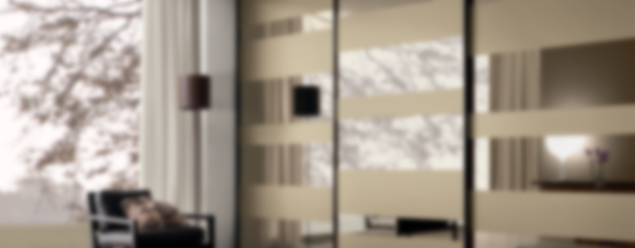 segmenta - Sliding glass door wardrobes Lamco Design LTD Camera da lettoArmadi & Cassettiere