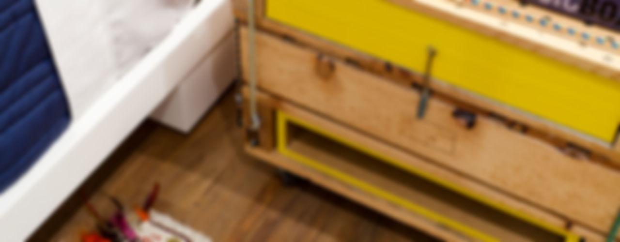 Flávia Gerab Modern style bedroom