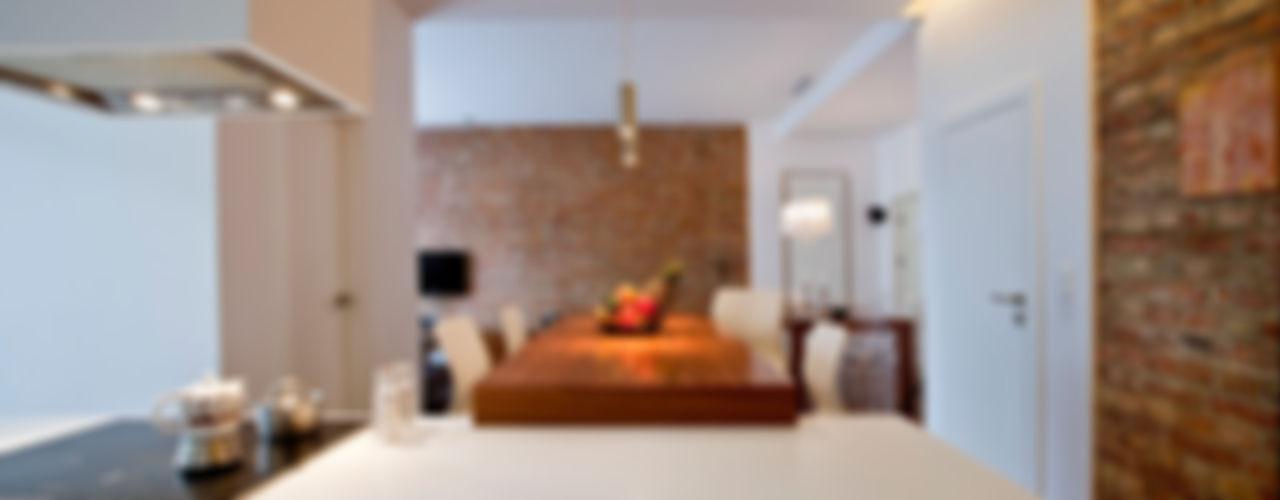 living box Cocinas de estilo ecléctico