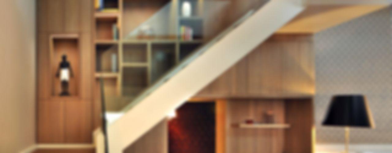 St. Pancras Penthouse TG Studio Nowoczesny korytarz, przedpokój i schody