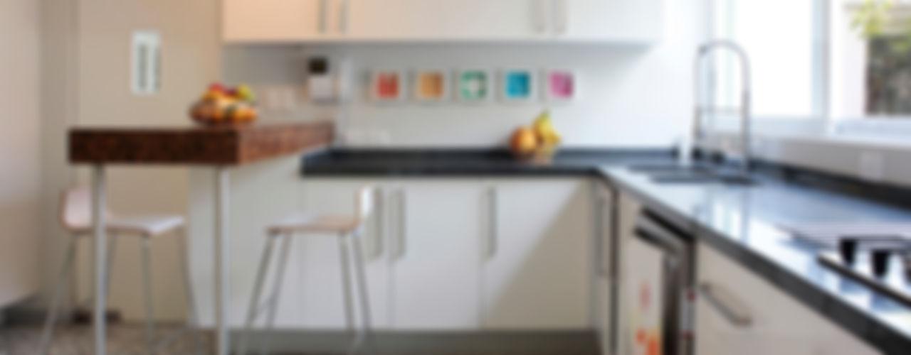 DF ARQUITECTOS Moderne Küchen