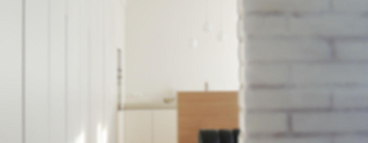 Casa M, interno a Milano diegocolliniarchitetto Soggiorno minimalista