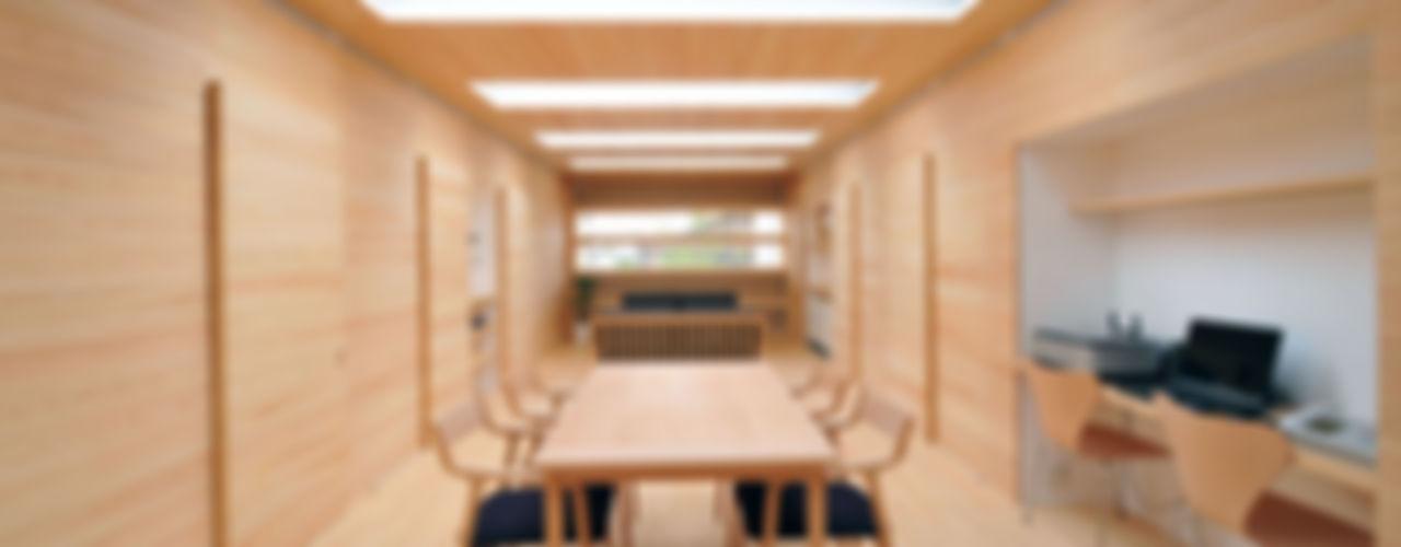Tー邸 田村淳建築設計事務所 オリジナルデザインの リビング