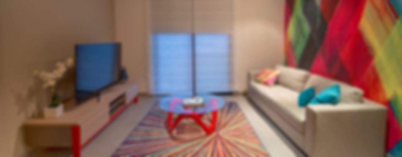 ESTUDIO TANGUMA غرفة المعيشةديكورات واكسسوارات Red