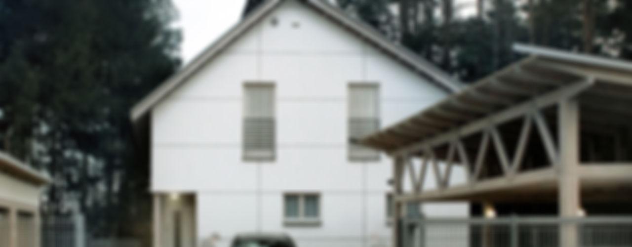ZROBYM architects Minimalistische Häuser