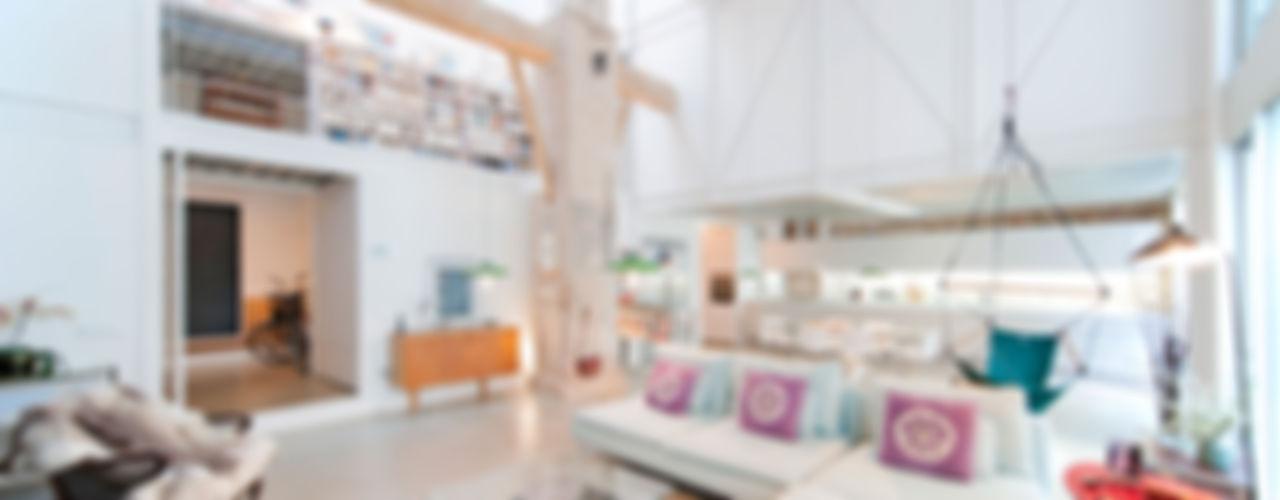 lluiscorbellajordi Ruang Keluarga Modern