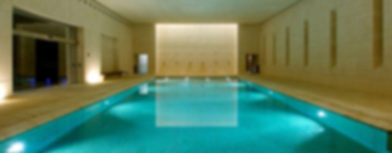 Centro balneario SPA hotel Hacienda La Boticaria Herrero/Arquitectos Piscinas de estilo moderno