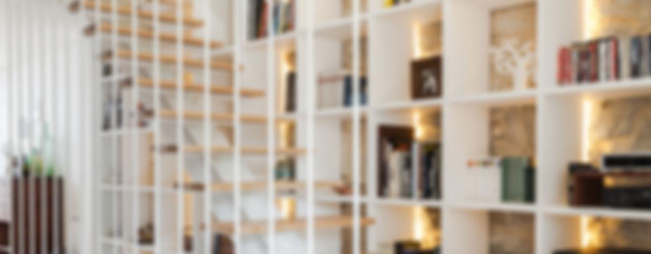 Floret Arquitectura Pasillos, vestíbulos y escaleras modernos