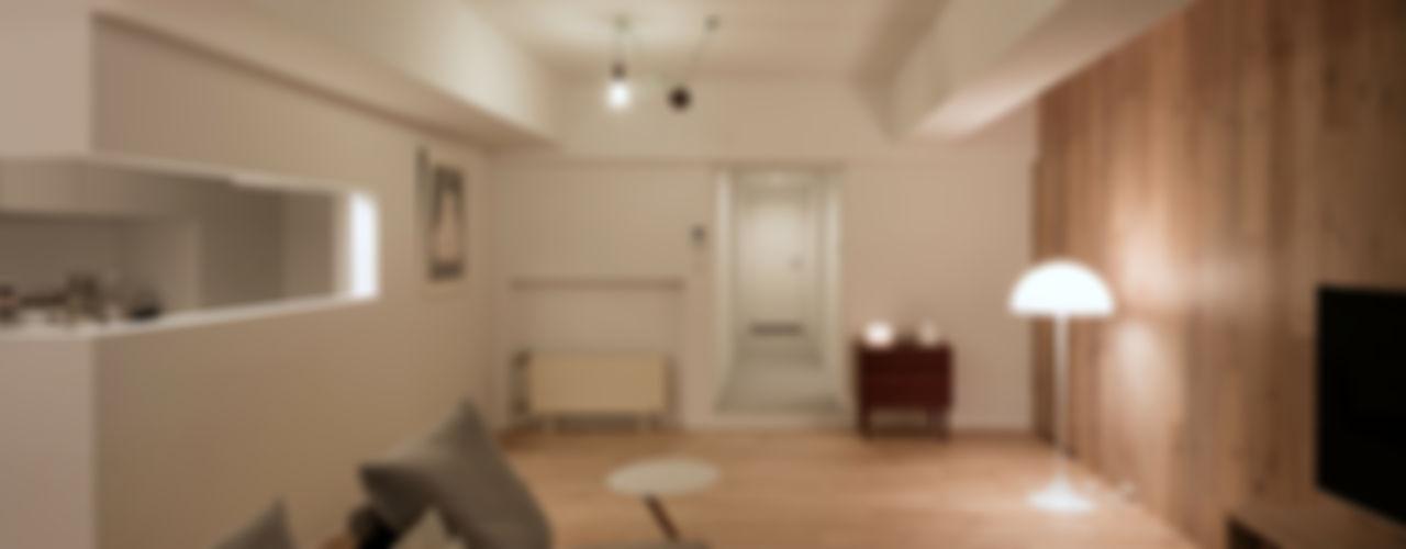 一色玲児 建築設計事務所 / ISSHIKI REIJI ARCHITECTS ห้องนั่งเล่น