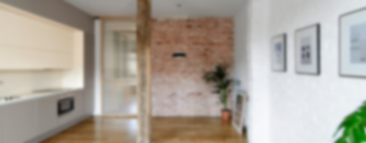 Reconversión de un txoko en vivienda Garmendia Cordero arquitectos Pasillos, vestíbulos y escaleras de estilo moderno