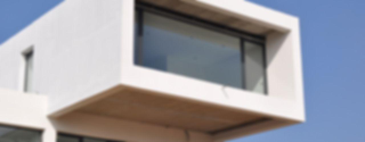 Escala Absoluta Minimalist houses White