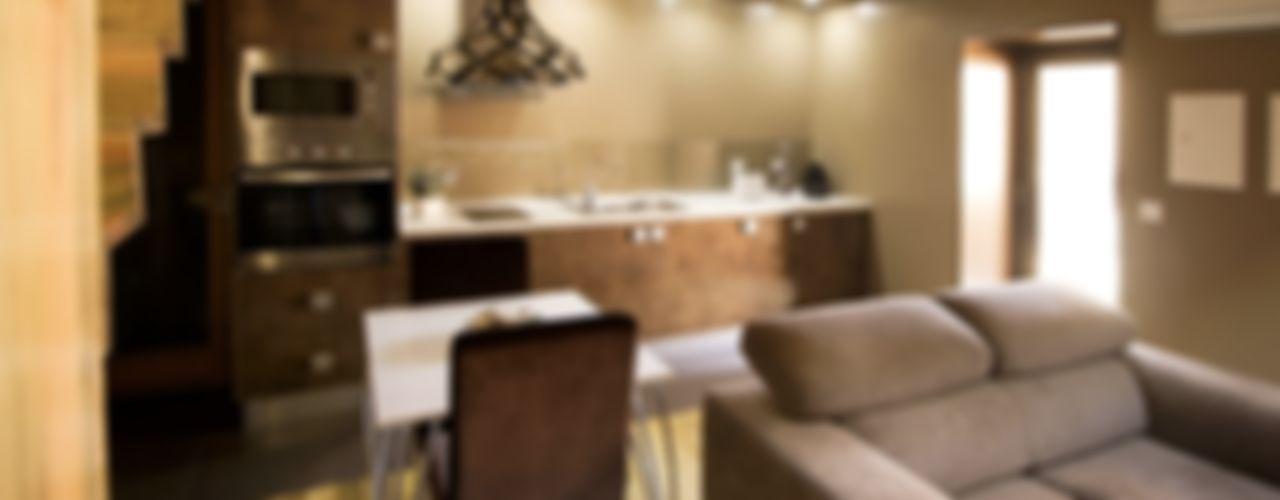 Kiko House RH Casas de Campo Design Comedores de estilo moderno