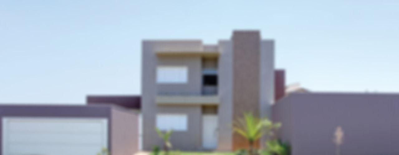 Híbrida Arquitetura, Engenharia e Construção Modern Houses