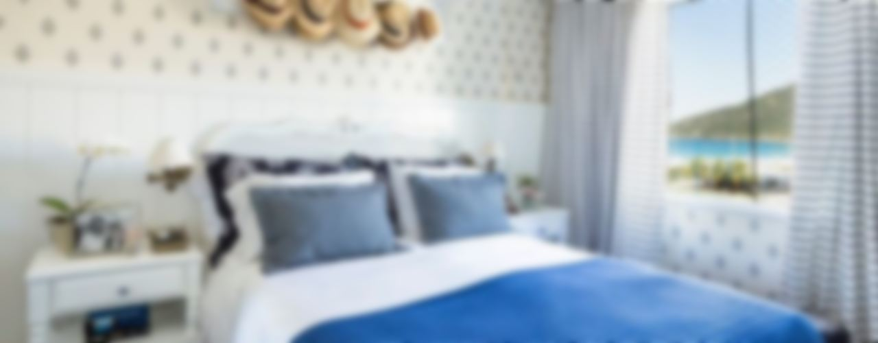 Flavia Guglielmi Arquitetura Mediterranean style bedroom