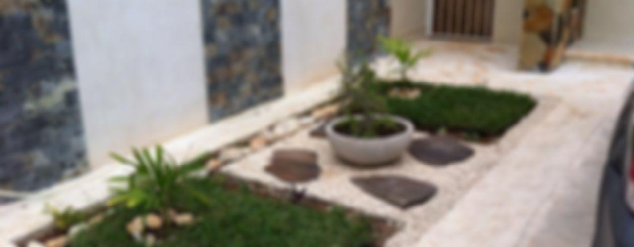 Proyectos pequeños Constructora Asvial S.A de C.V. Jardines minimalistas Piedra Verde