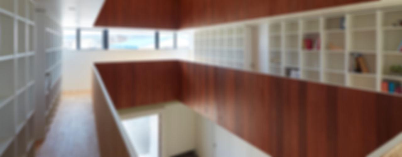 小泉設計室 Gimnasios domésticos minimalistas