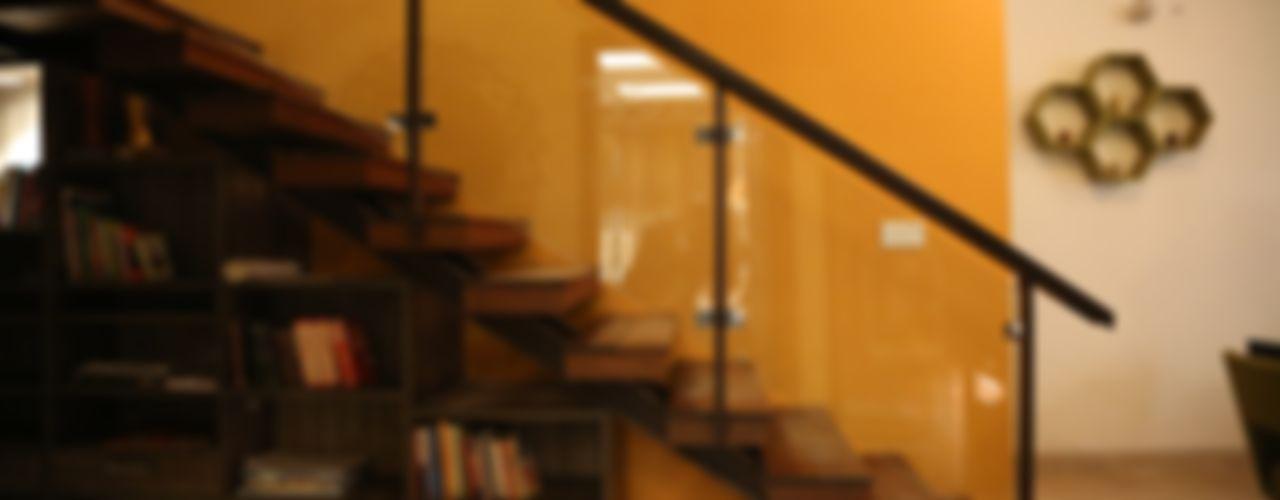 Aayam Consultants Hành lang, sảnh & cầu thang phong cách hiện đại