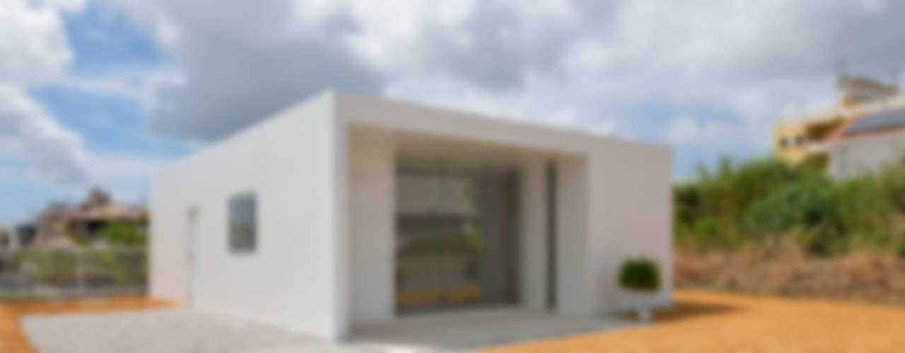 門一級建築士事務所 Moderne Häuser Stahlbeton Weiß