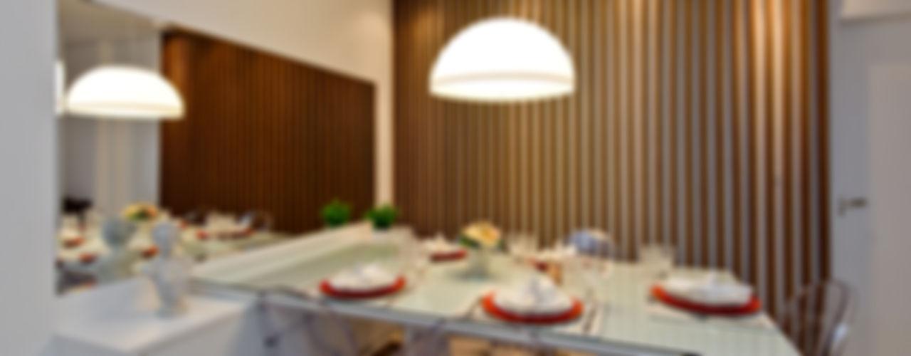 homify Salas de jantar industriais
