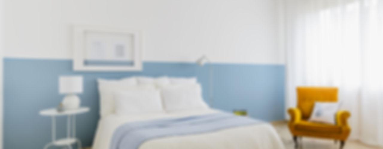 Home Staging Nordic-Retrò Venduta a Prima Vista Camera da letto in stile scandinavo